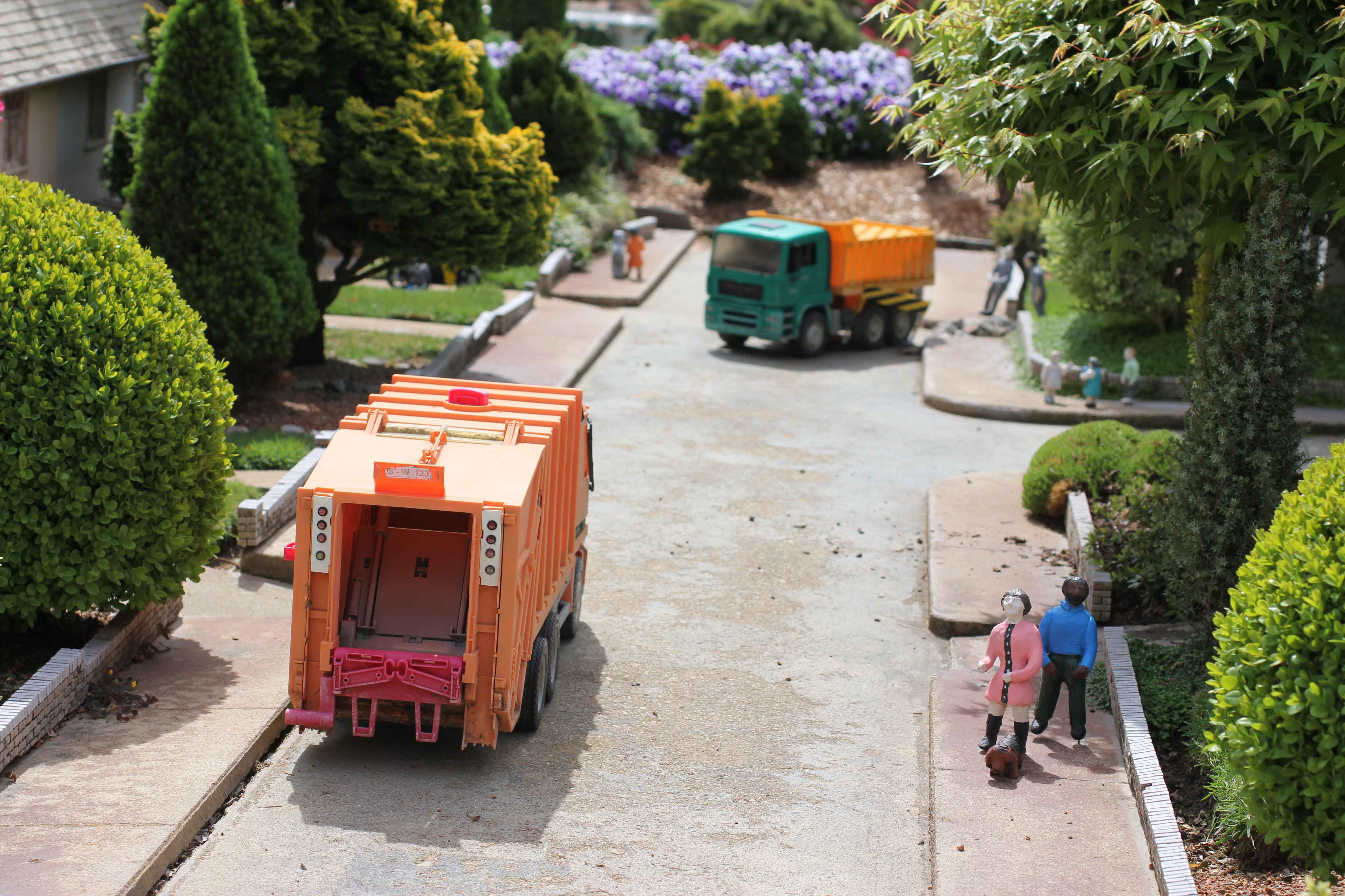 Camion en obra de saneamiento