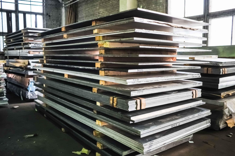 Moldes en planta de metalurgia
