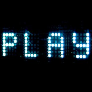 "Palabra ""play"" con luces led"