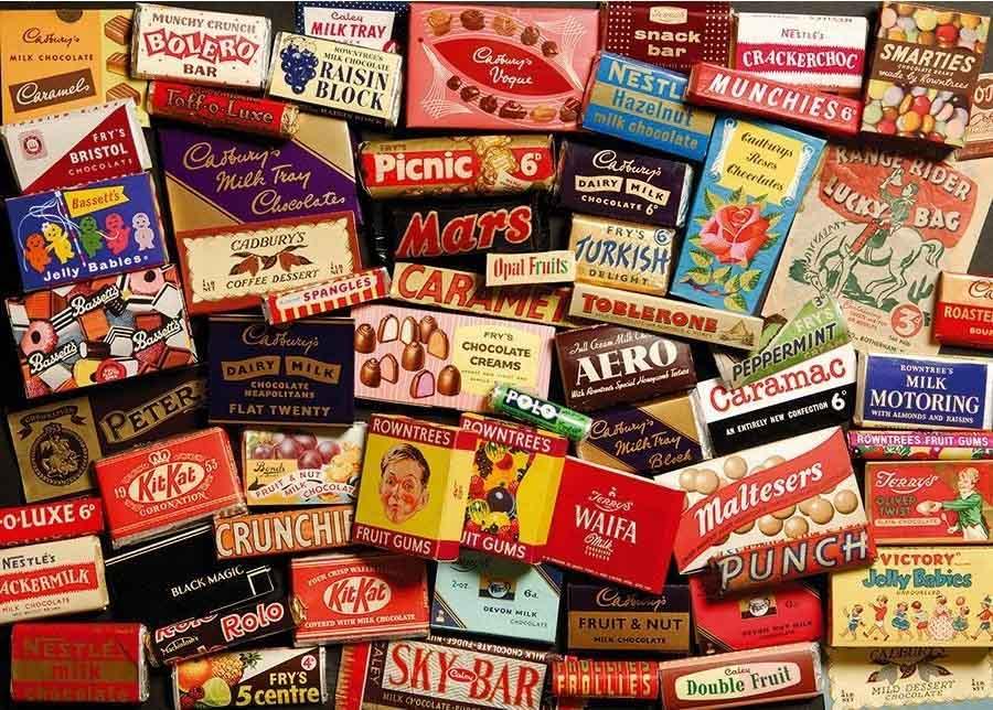 Mosaico de envases de muchos productos con sus respectivas marcas y slóganes